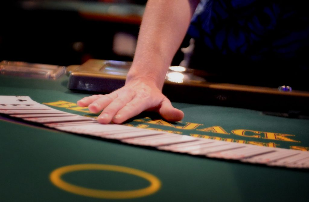 gambling games with fake money